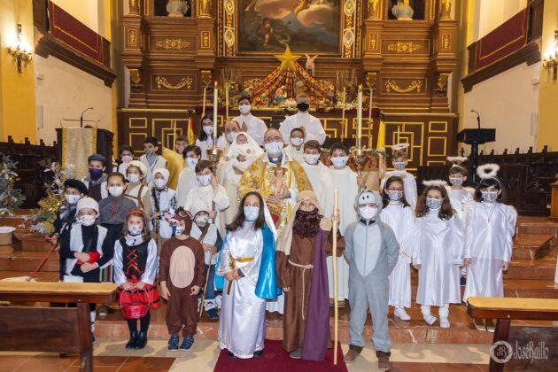 Galería fotográfica del belén viviente y misa de vigilia de Navidad 2