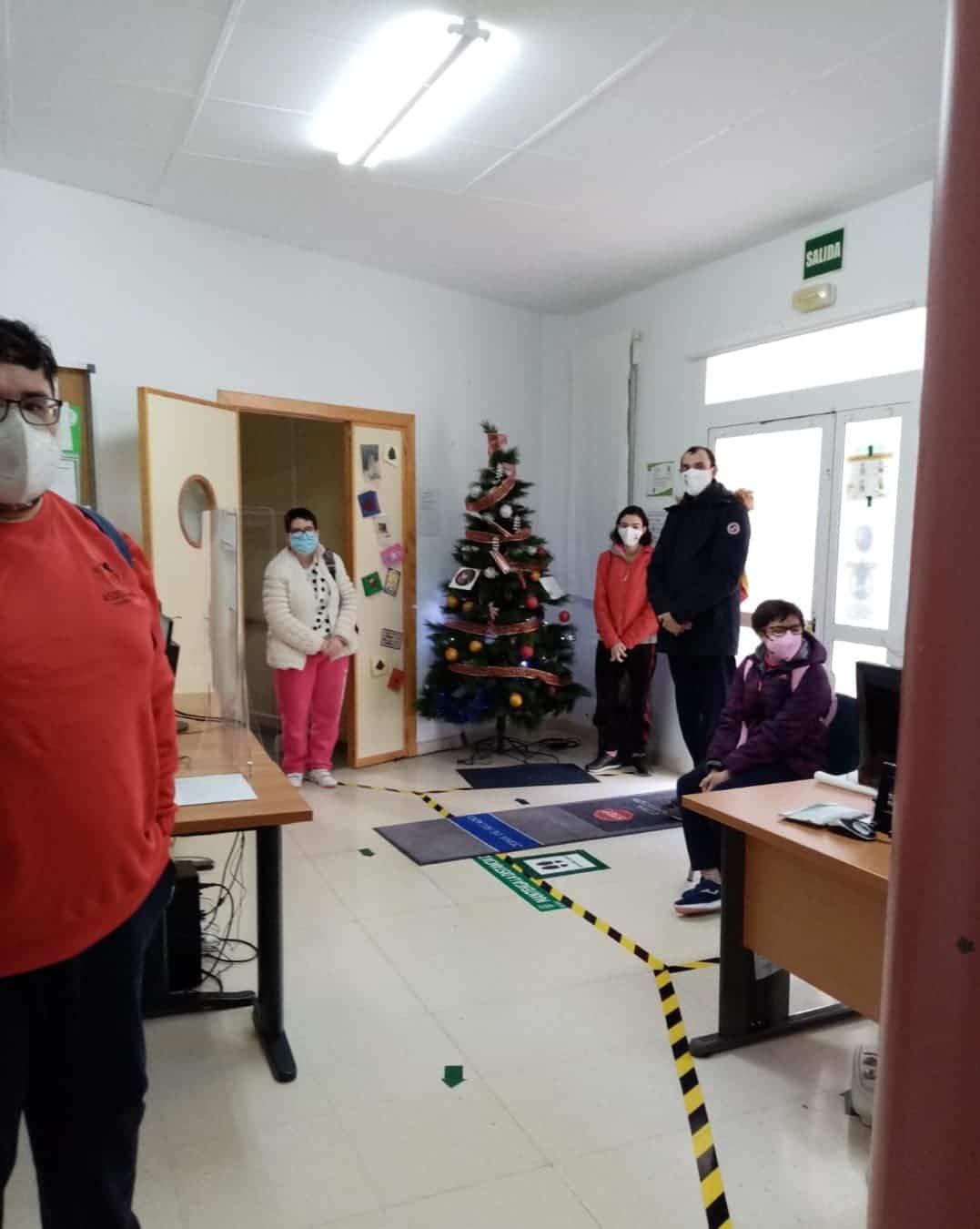 """La Navidad llegó al Centro Ocupacional y de Día """"El Picazuelo"""" en Herencia 8"""