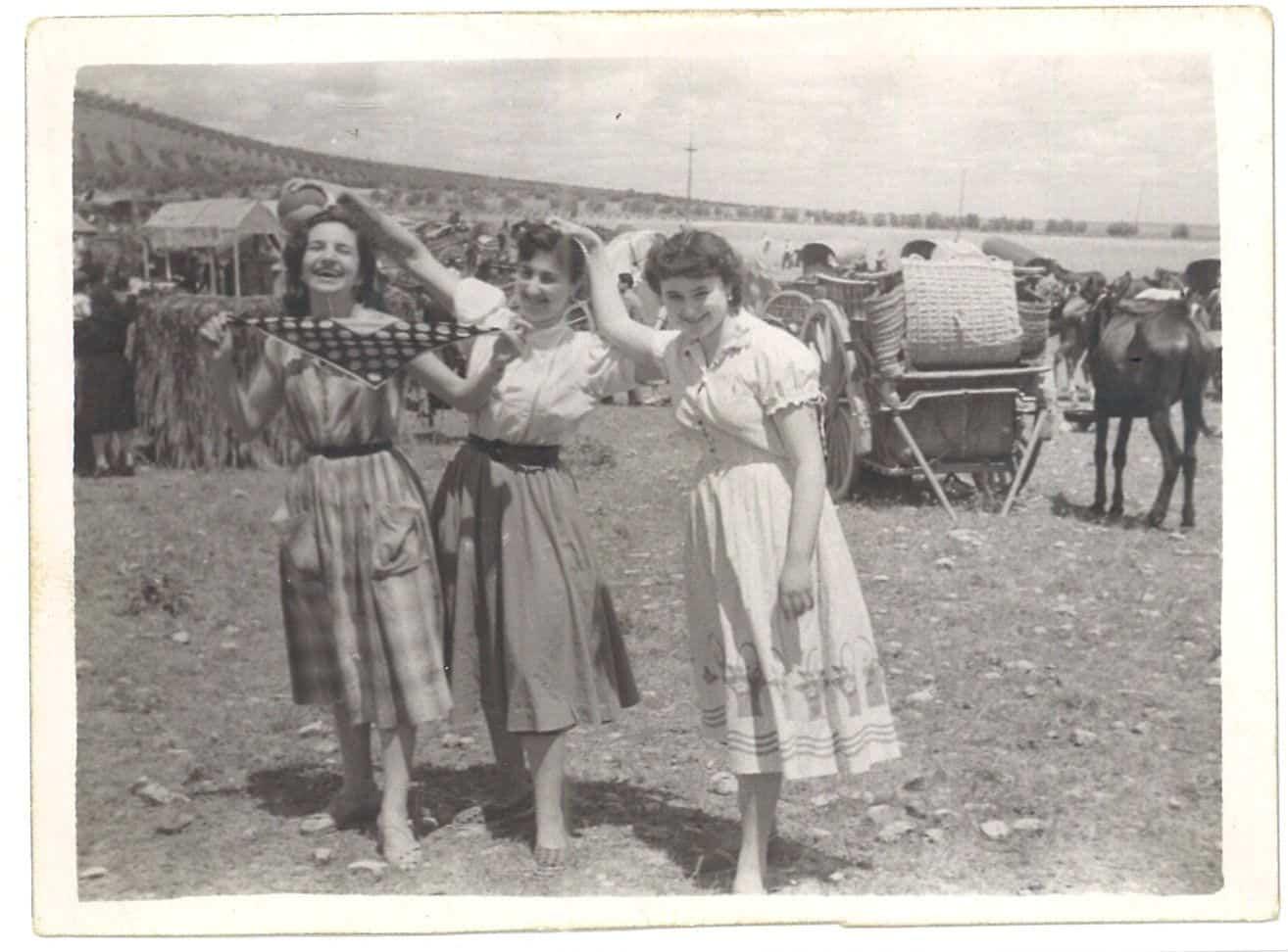Nuevas fotografías antiguas de Herencia: Feria y la Romería 98