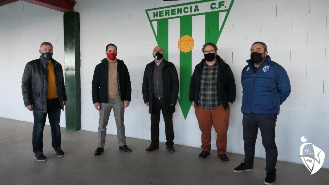 Presidente de la Federación de Fútbol, Pablo Burillo, asistió al municipal Fernández de la Puebla de Herencia 16
