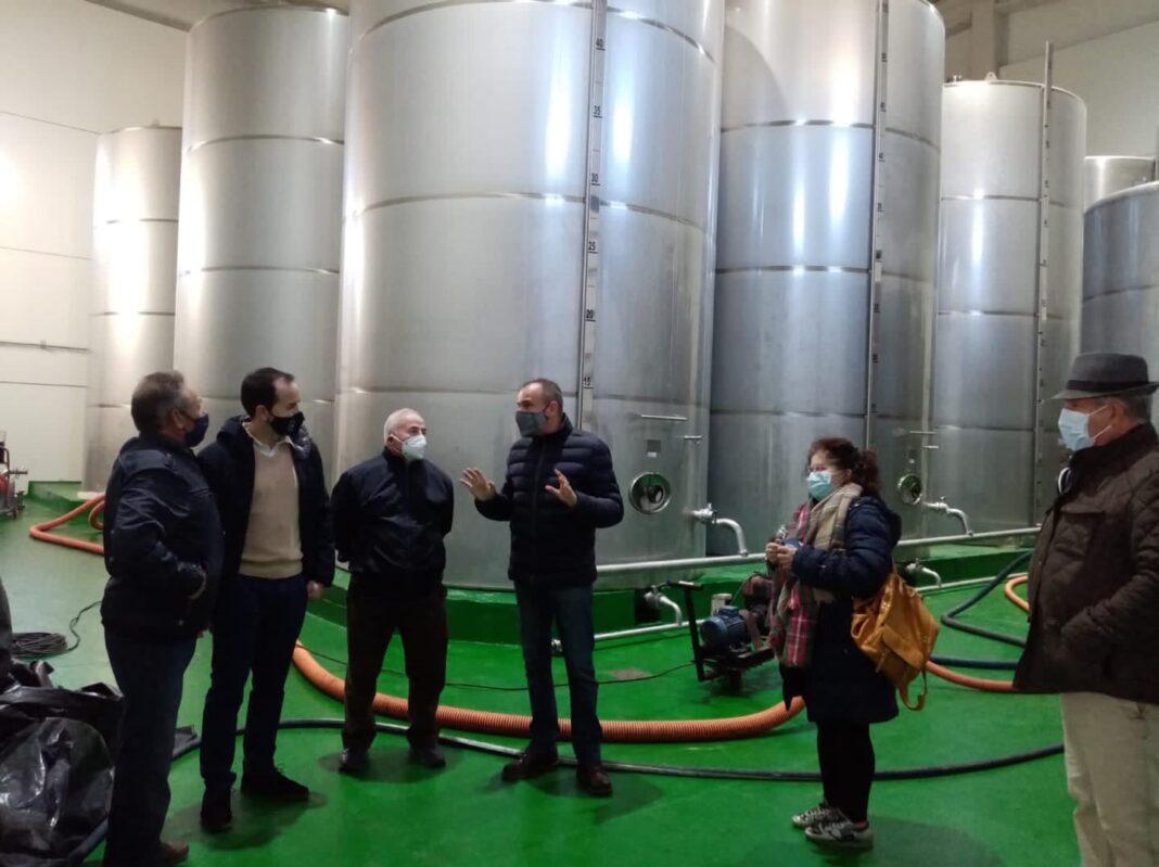 """Visita institucional a la Cooperativa Almazarera """"La Encarnación"""" en Herencia 7"""