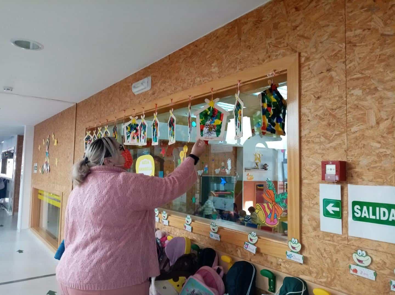 Visita a la Escuela Infantil de Herencia para conocer como llegará la Navidad 9