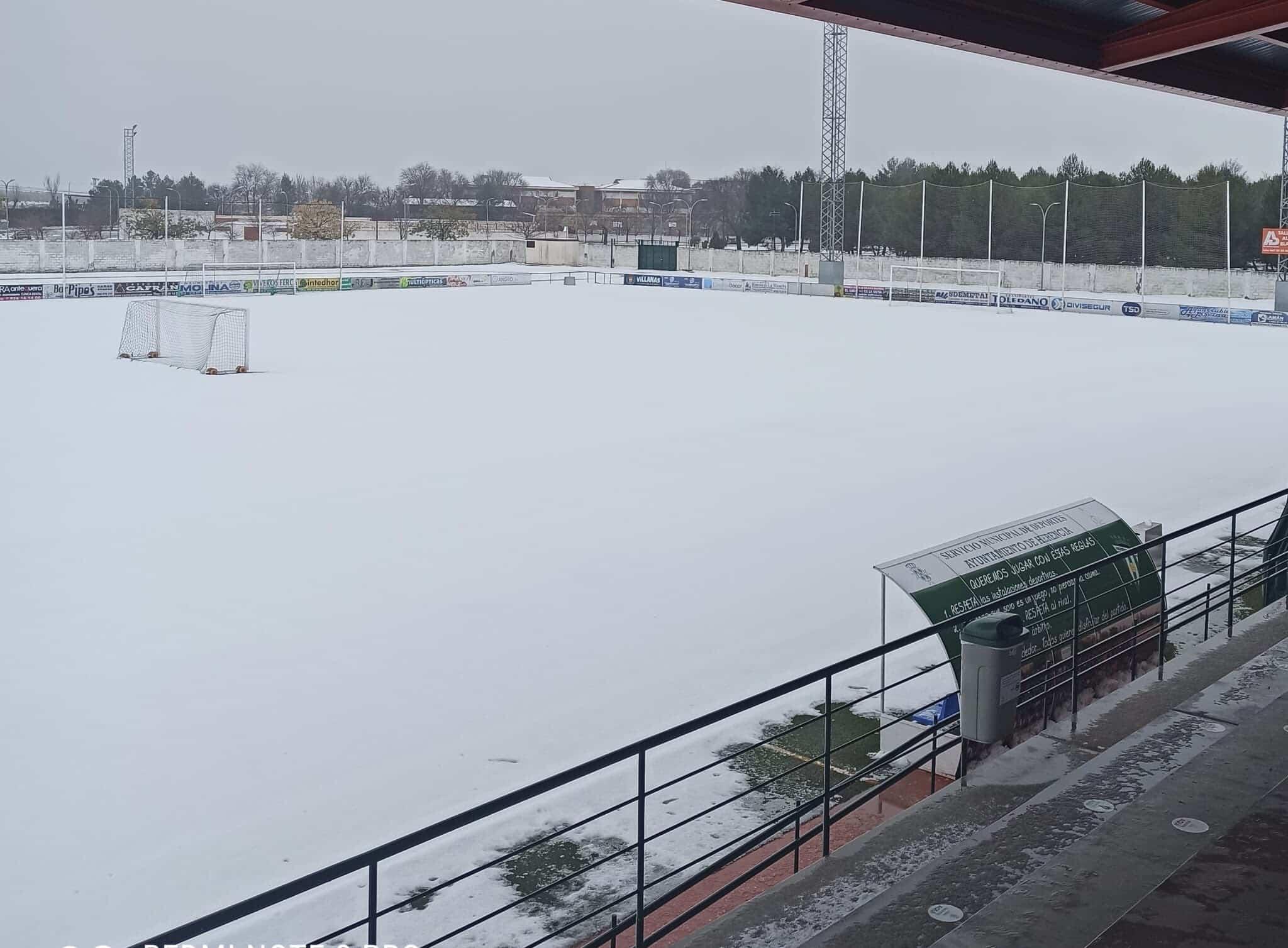 Nieve en el Estadio José María Fernández de la Puebla 5