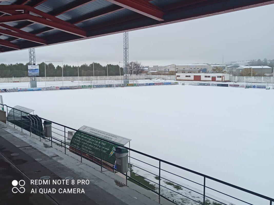 Nieve en el Estadio José María Fernández de la Puebla 7