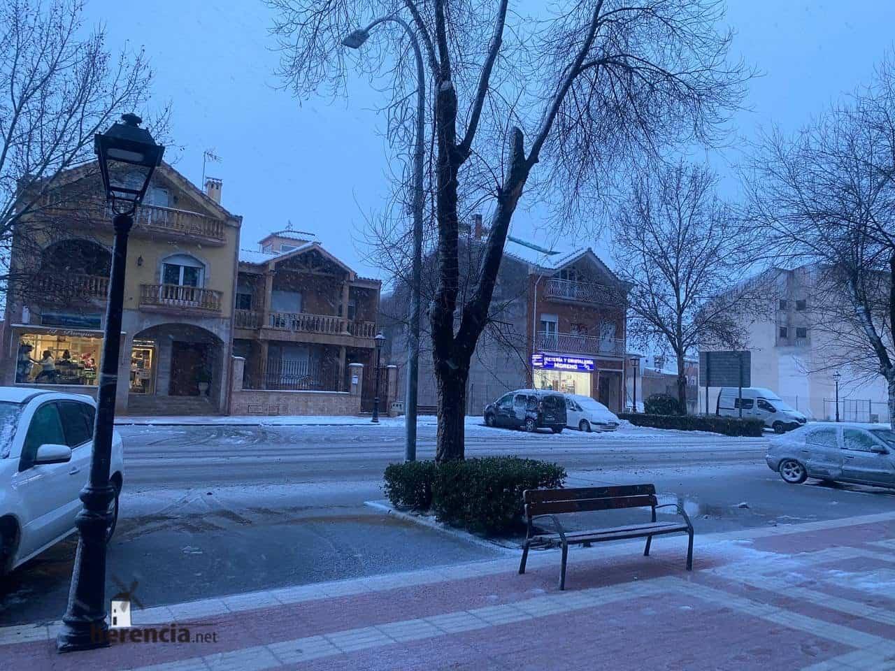 Más fotografías de las nieves de 2021 en Herencia 132