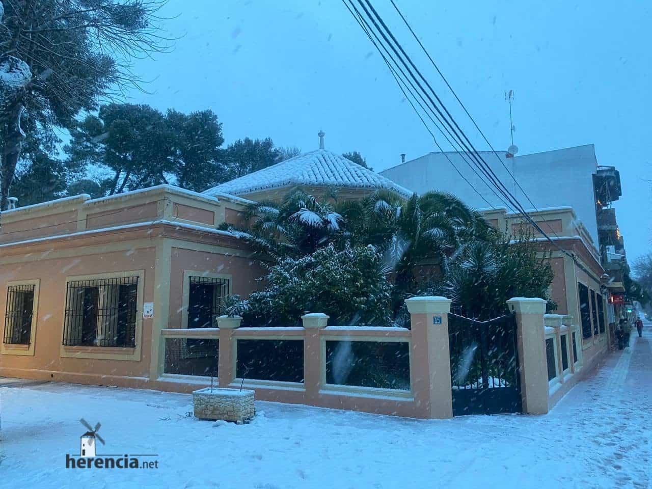Más fotografías de las nieves de 2021 en Herencia 136