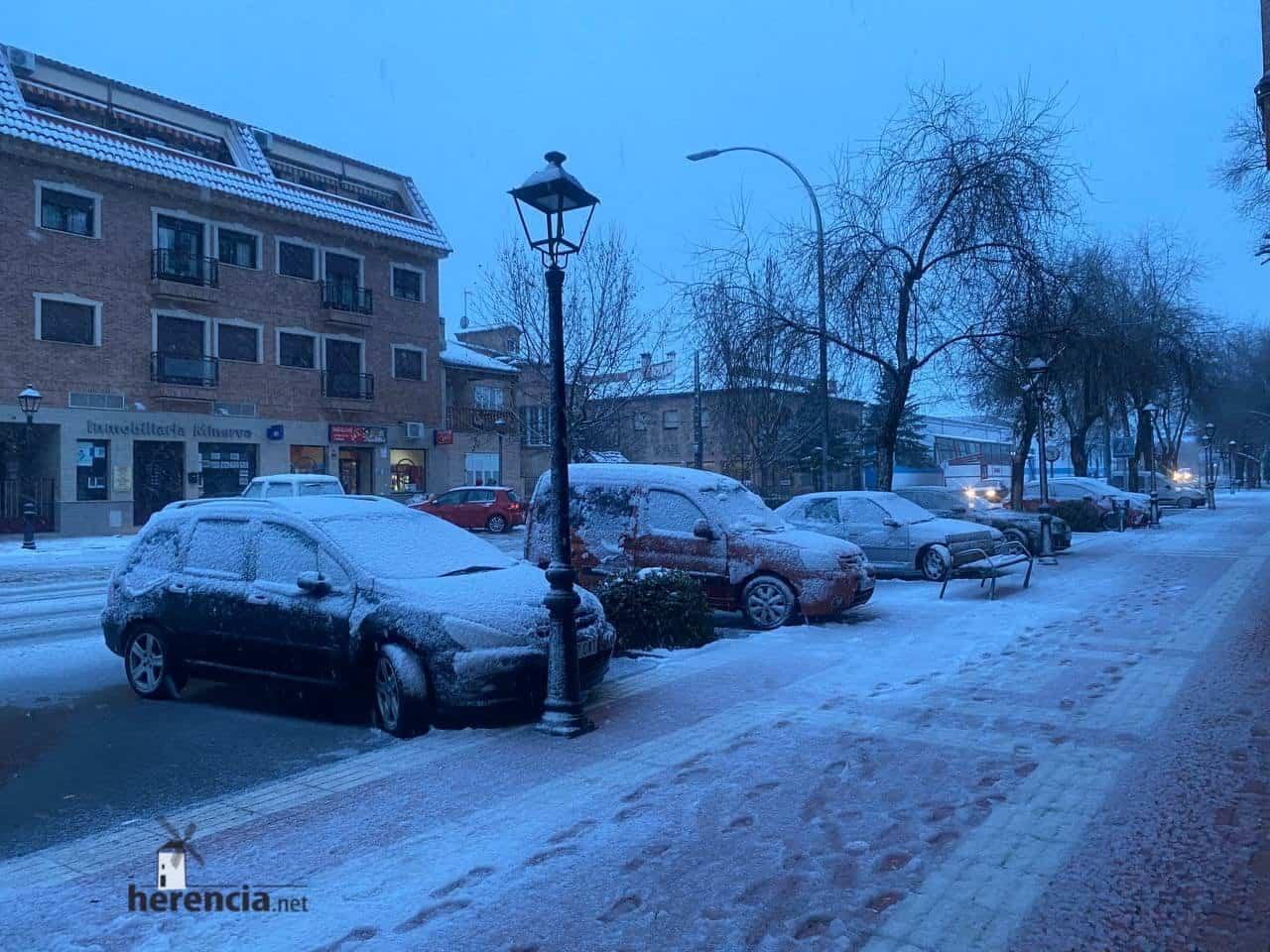 Más fotografías de las nieves de 2021 en Herencia 137