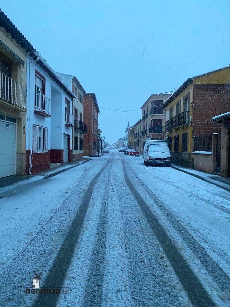 Más fotografías de las nieves de 2021 en Herencia 144