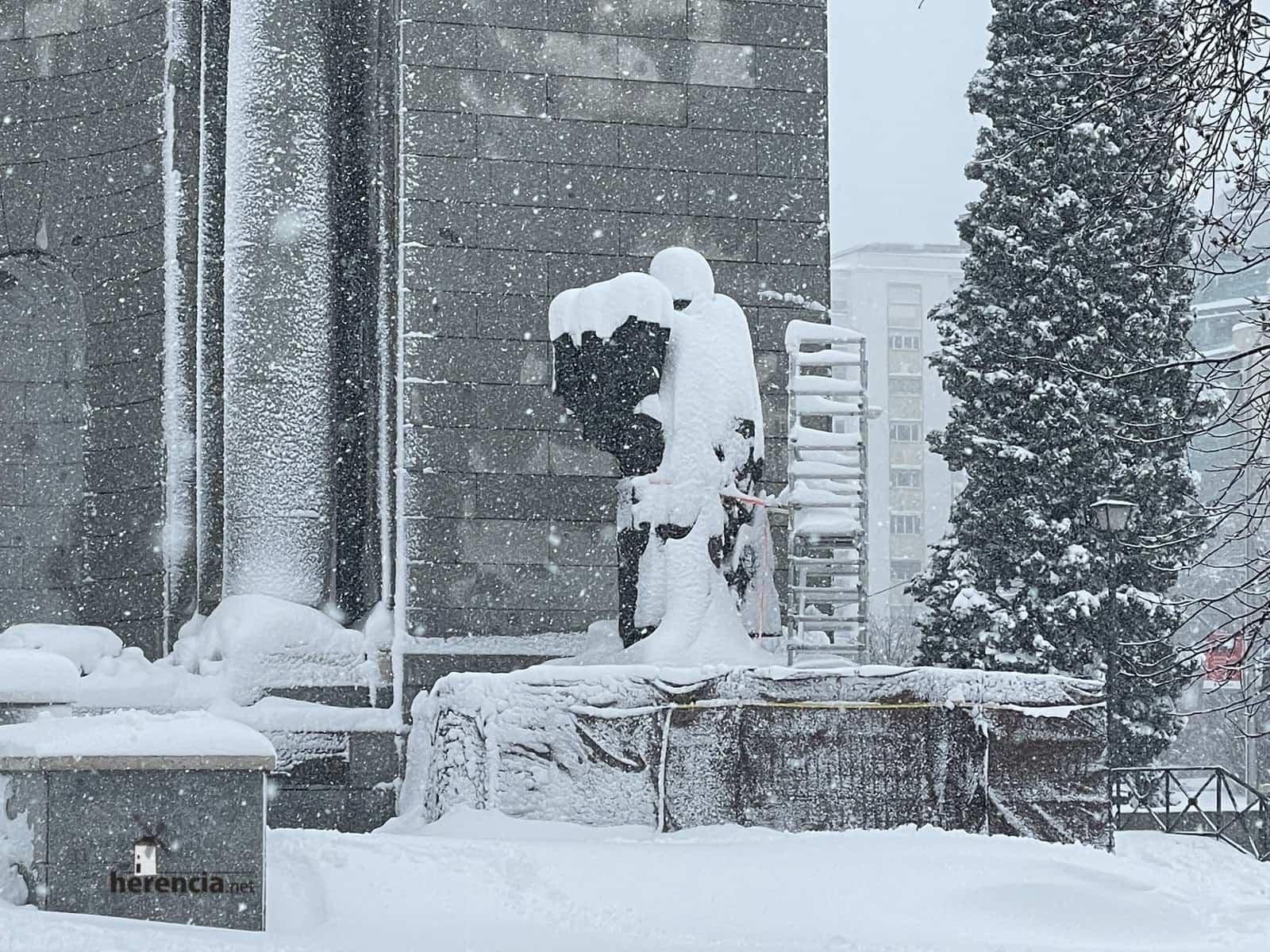 Más fotografías de las nieves de 2021 en Herencia 174