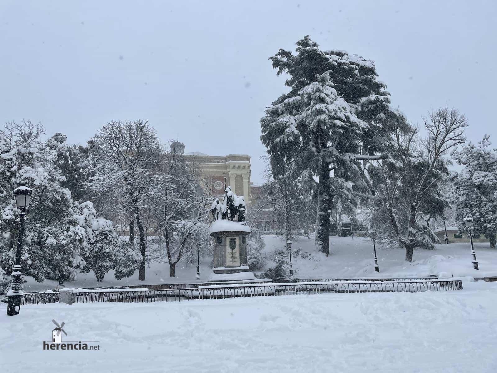 Más fotografías de las nieves de 2021 en Herencia 165