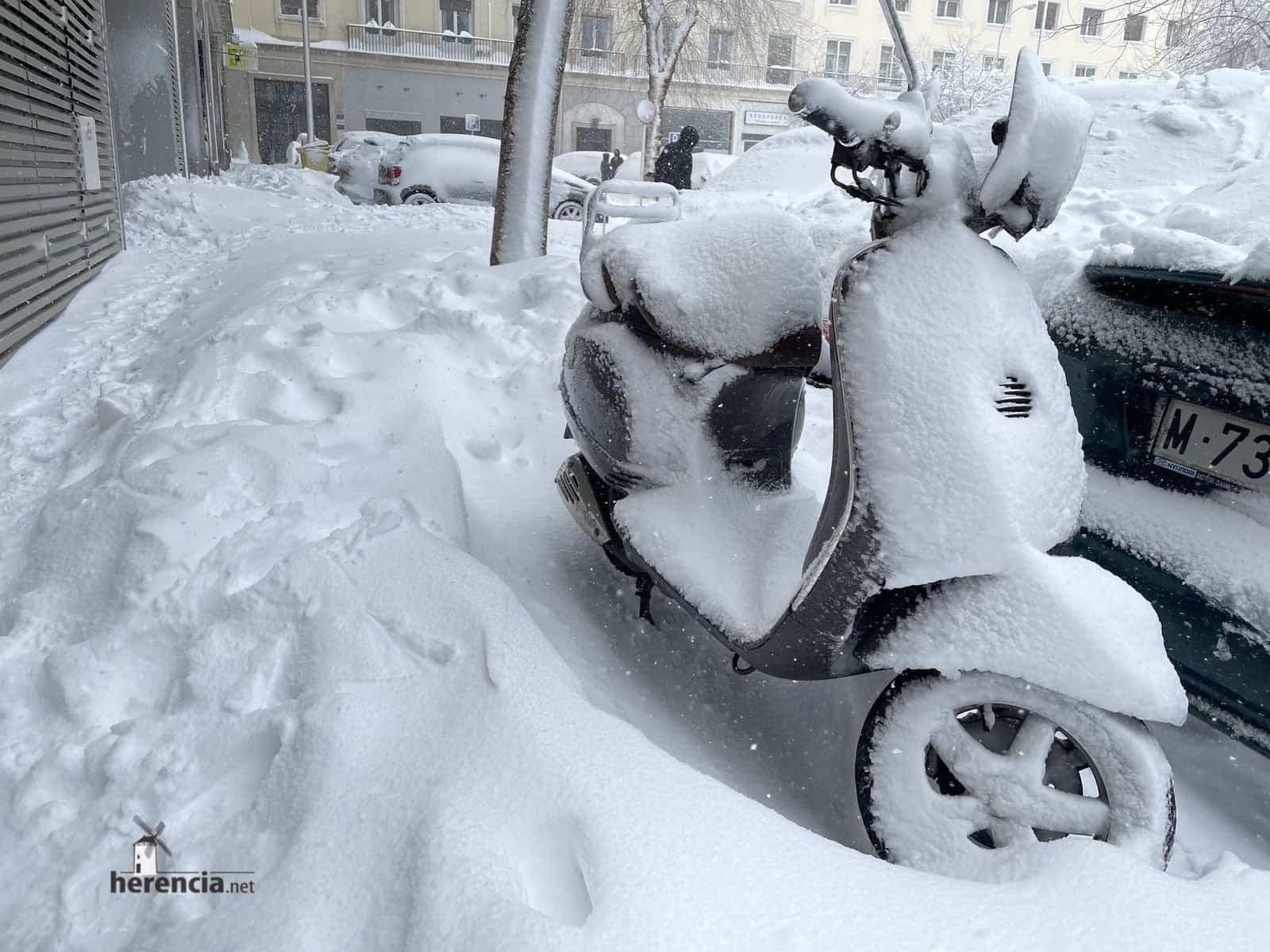 Más fotografías de las nieves de 2021 en Herencia 151
