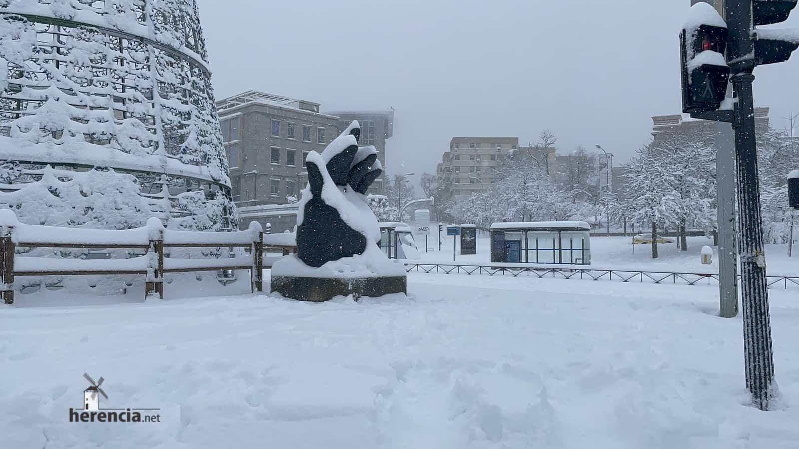 Más fotografías de las nieves de 2021 en Herencia 156