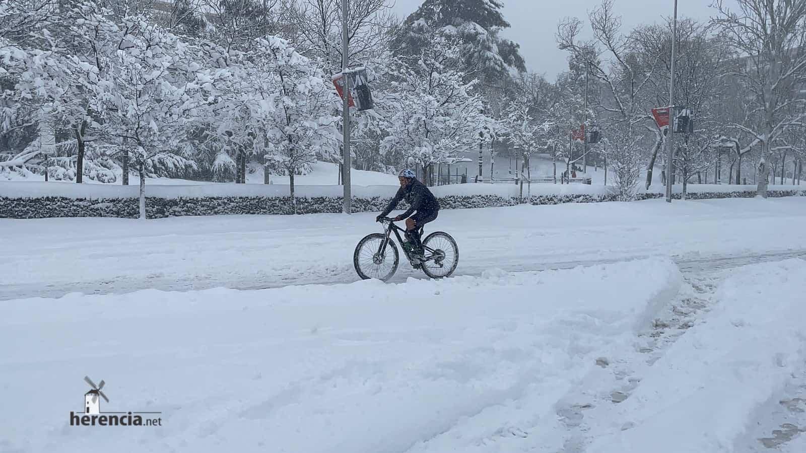 Más fotografías de las nieves de 2021 en Herencia 155
