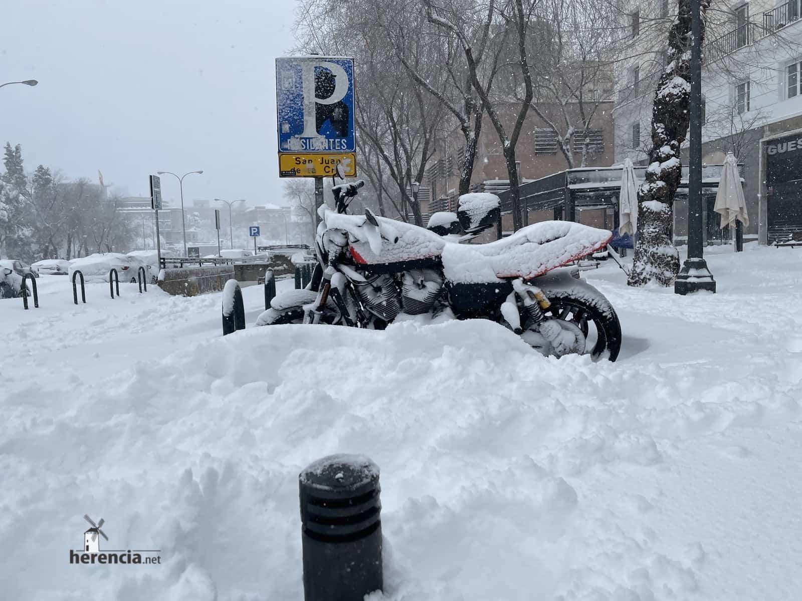 Más fotografías de las nieves de 2021 en Herencia 148
