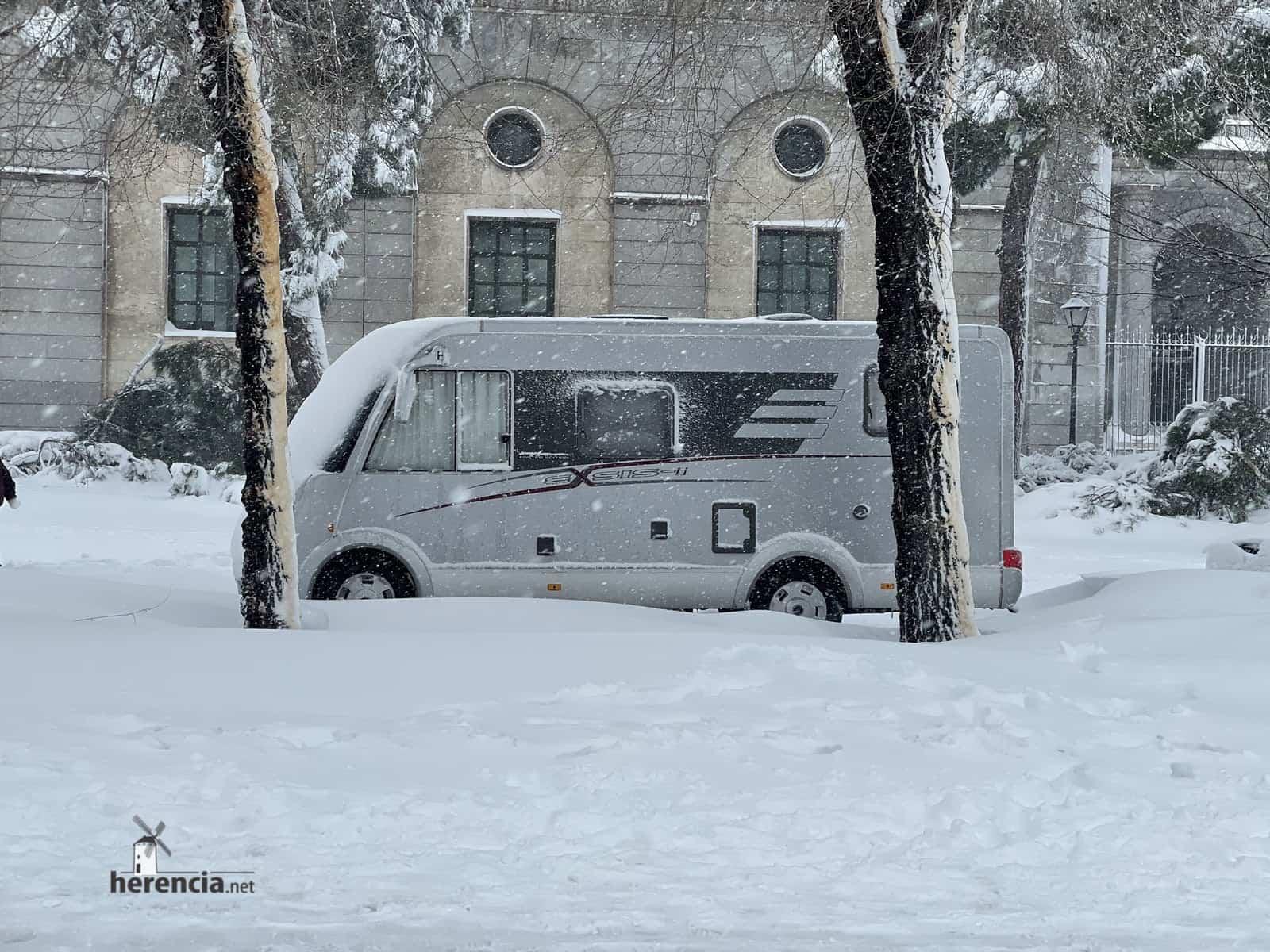 Más fotografías de las nieves de 2021 en Herencia 145