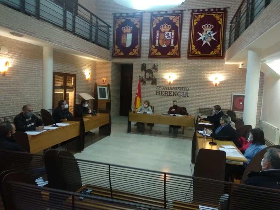 Modificación de ordenanzas y aprobación de nuevos reglamentos en el primer pleno municipal del año 4