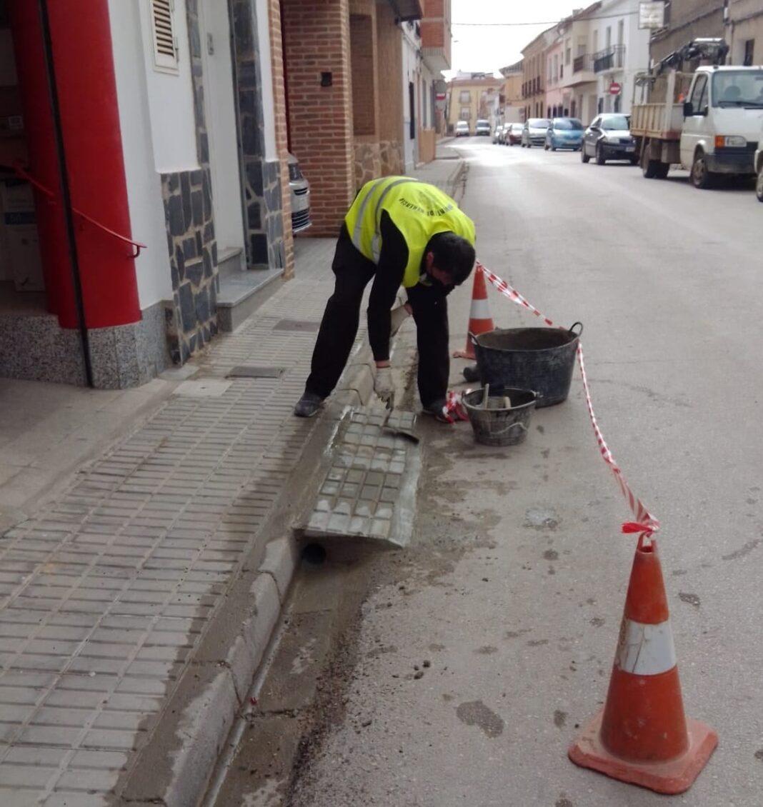 Mejoras en la accesibilidad y mantenimiento de vías públicas en Herencia 10