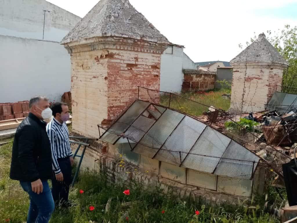Arreglo de los tradicionales torreones de los depósitos del agua con el Plan Ciudad Real Activa-Autónomos 7