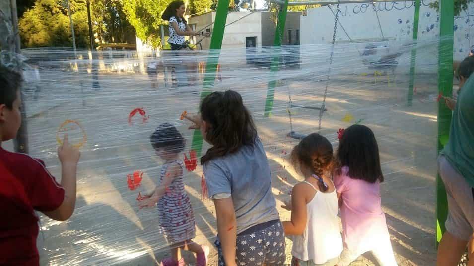 Programa de dinamización infantil en el parque infantil y la plaza de España 7