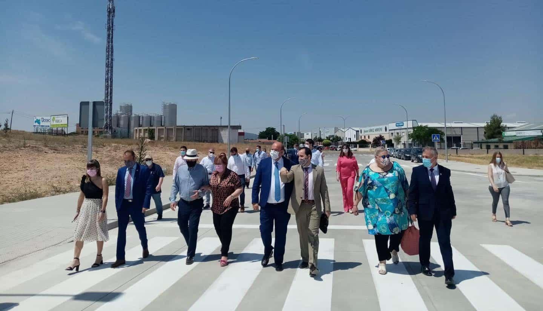 Vicepresidente de Castilla-La Mancha visitó la segunda ampliación del polígono industrial de Herencia 12
