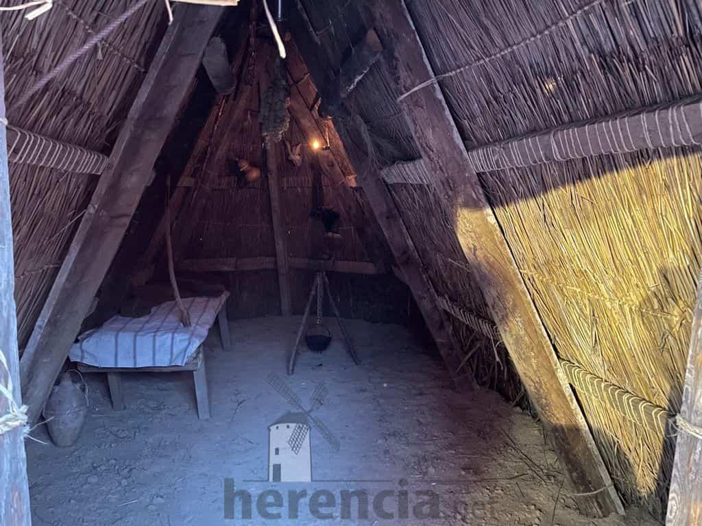 Galería de fotografías de la inauguración de Quhesalia en Herencia 33