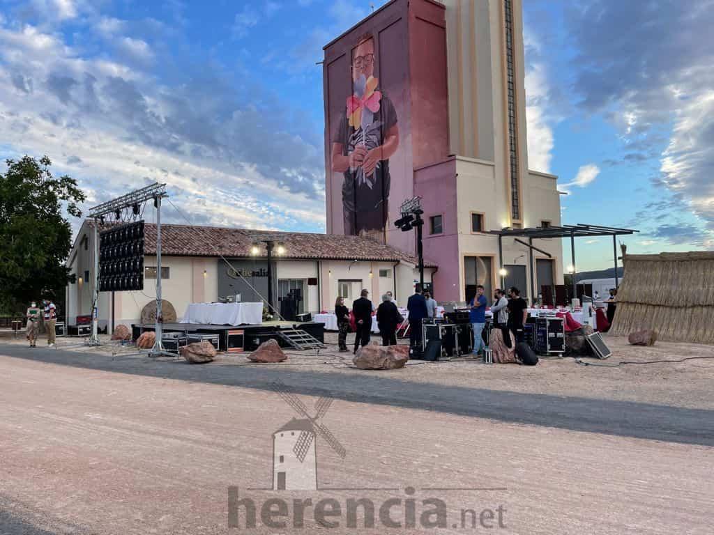 Galería de fotografías de la inauguración de Quhesalia en Herencia 36