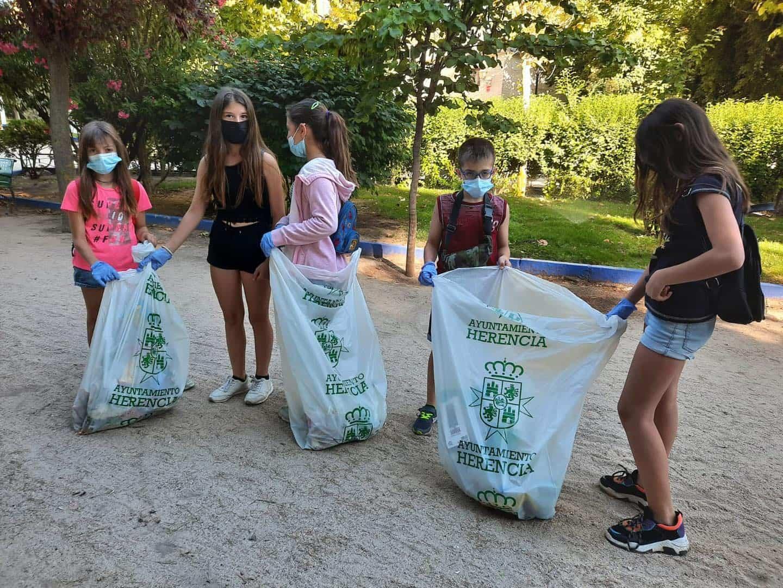 Tercer día de voluntariado medio ambiental en Herencia 3