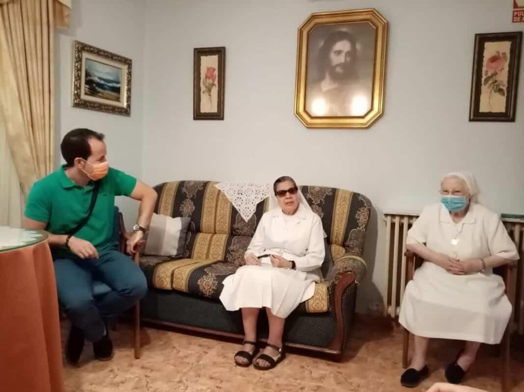 Encuentro con la nueva superiora de la Comunidad de Franciscanas de Herencia 1
