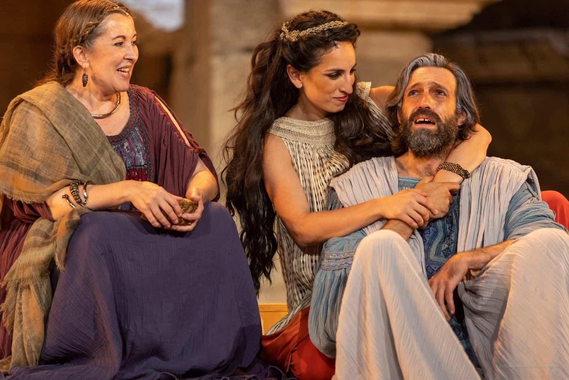 El vestuario de Rafael Garrigós, vuelve a brillar sobre el teatro romano de Mérida 32