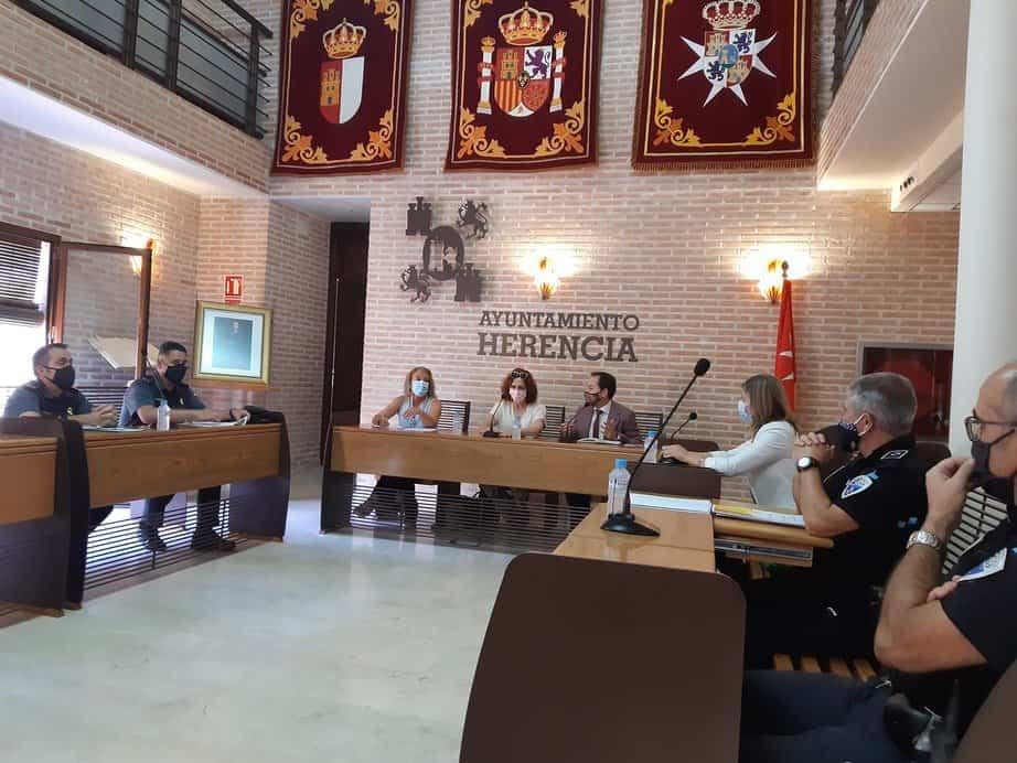 Subdelegación de Ciudad Real y Ayuntamiento de Herencia cierran el protocolo de seguridad para los actos festivos con motivo de La Merced 1