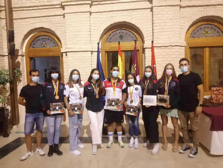 Recepción a los deportistas con medalla en el Campeonato de España de Balonmano Playa 30